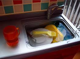 sanitizing-toys